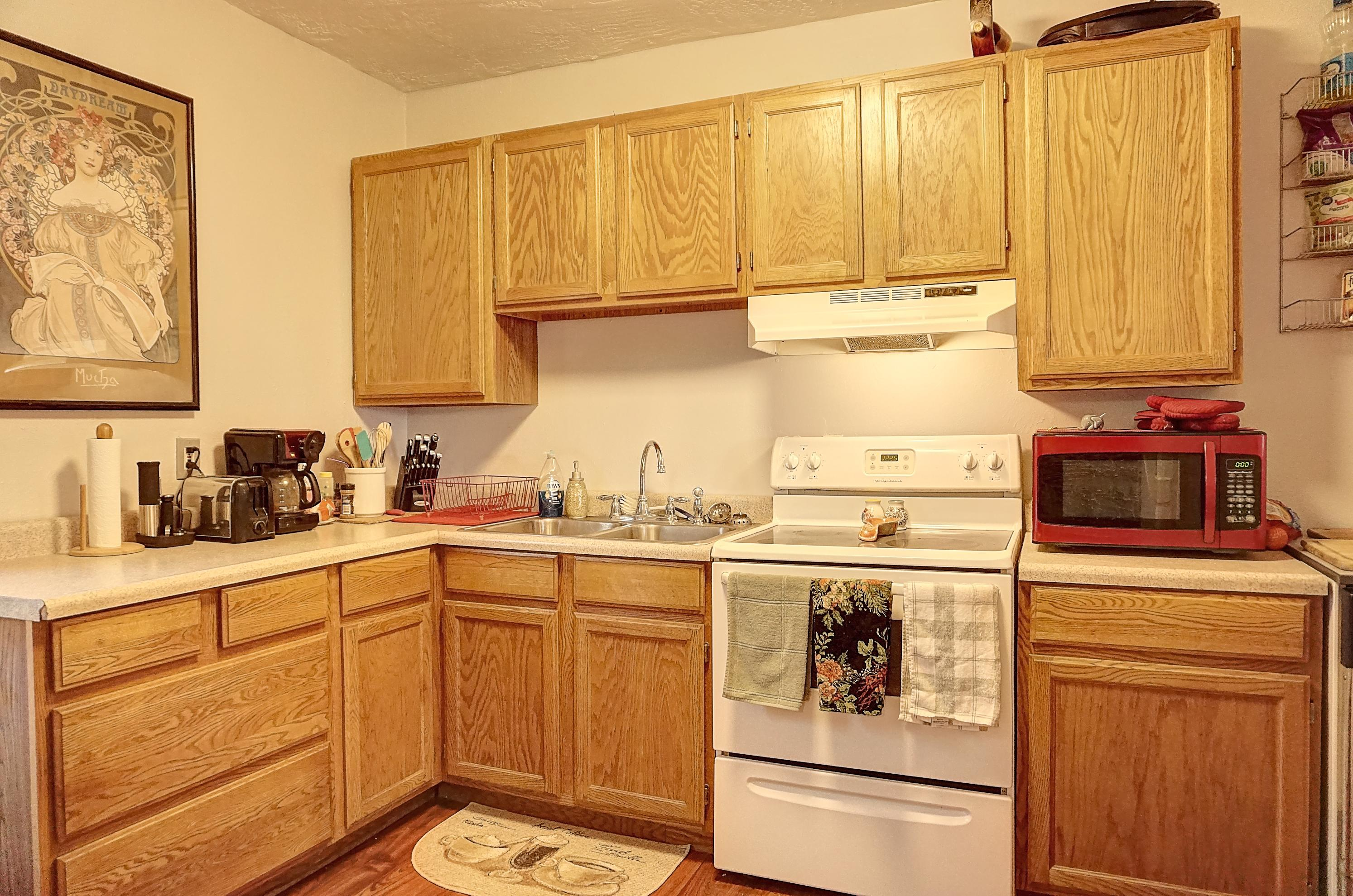 Property Image #2 for MLS #22001326