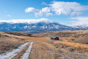 Orig homestead cabin