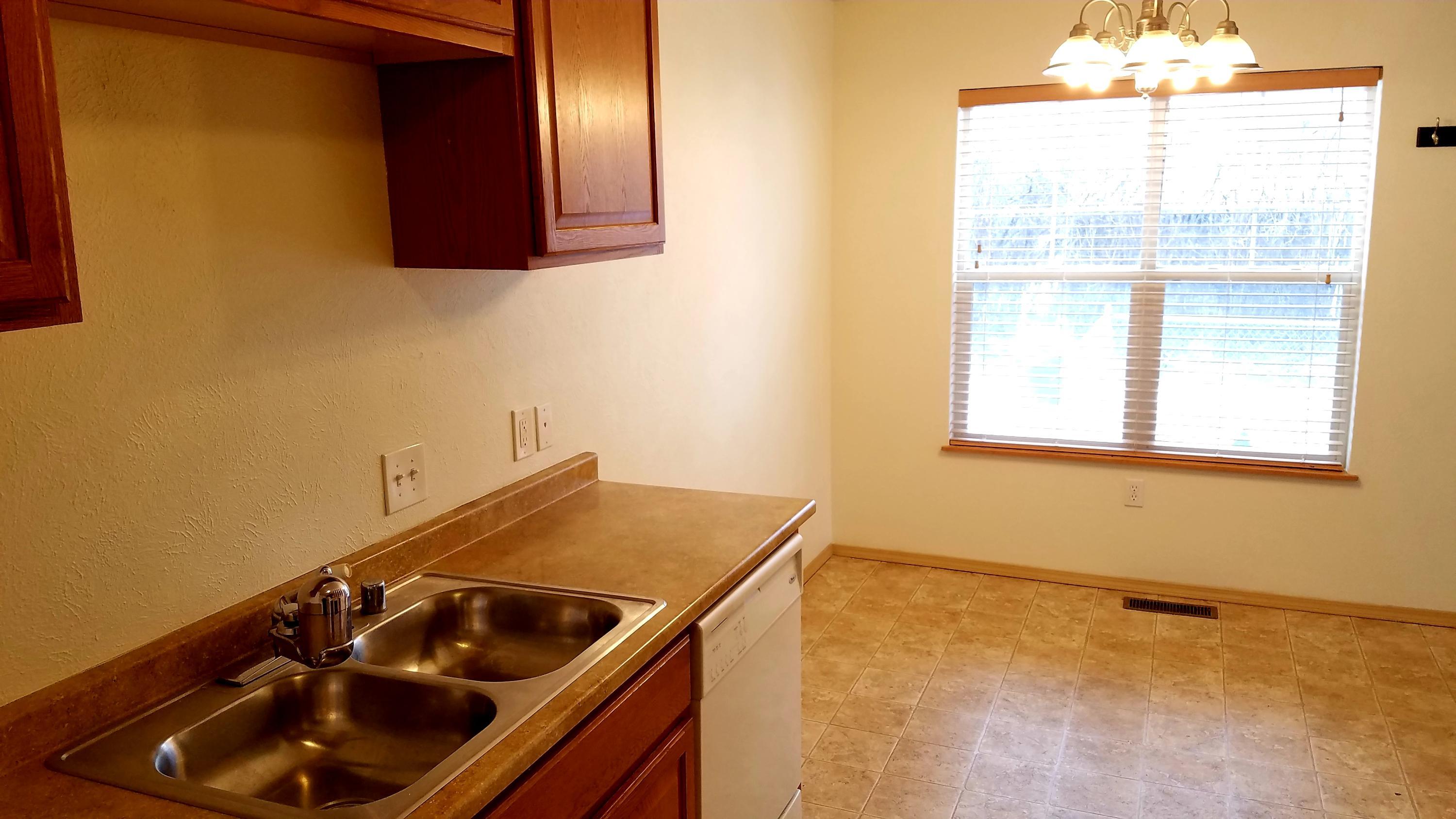Property Image #4 for MLS #22001518