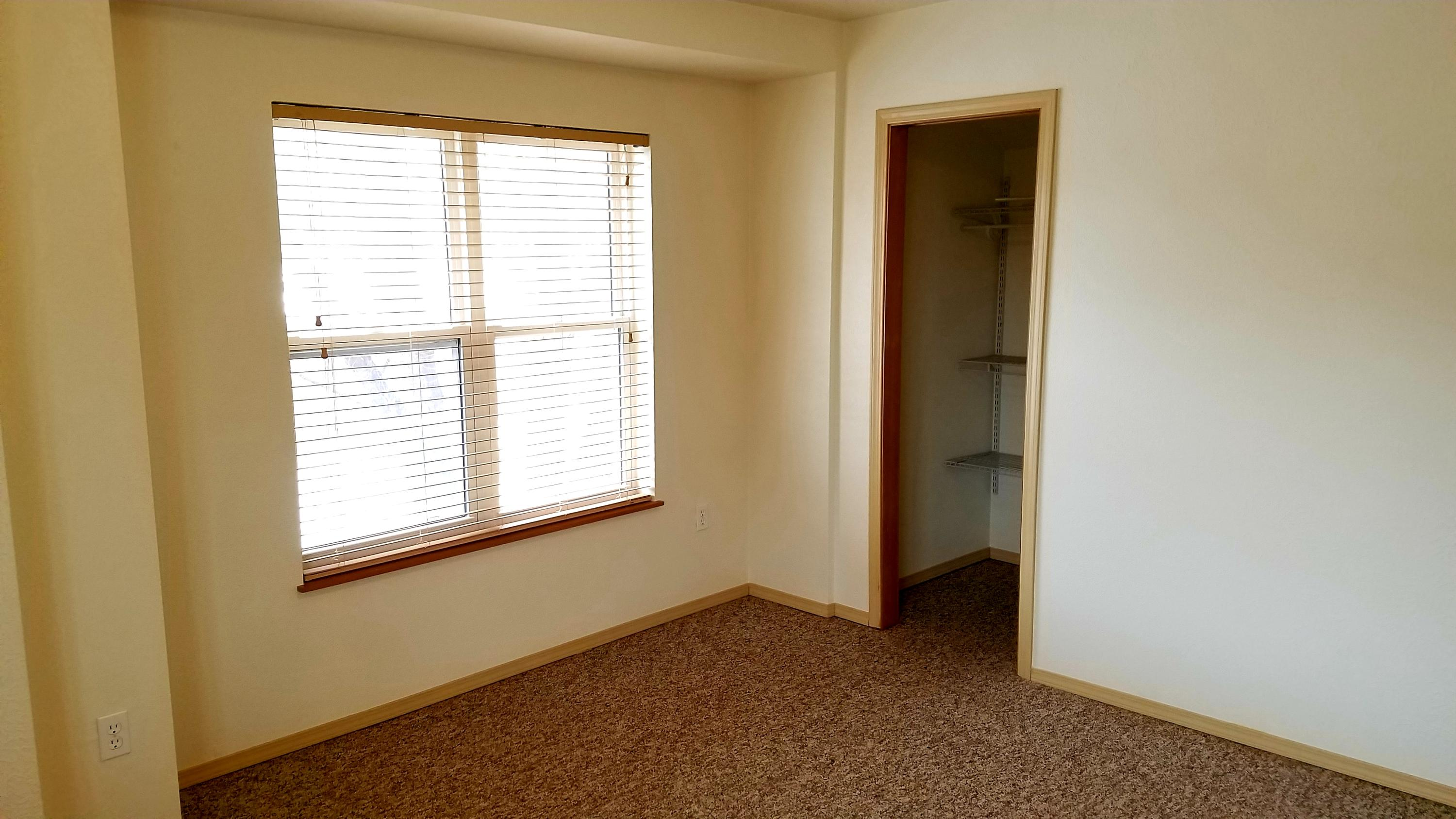 Property Image #10 for MLS #22001518