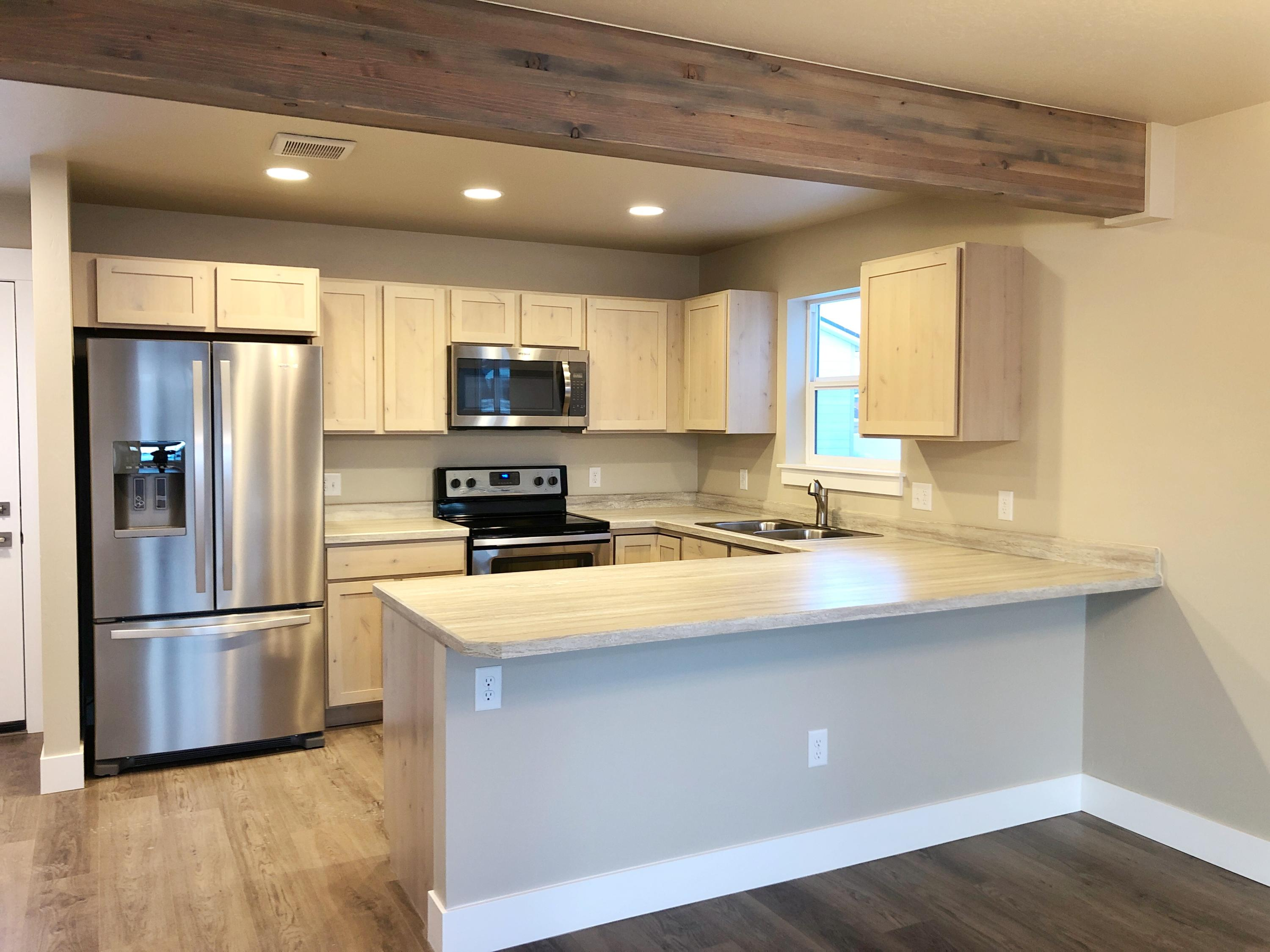 Property Image #2 for MLS #22001485