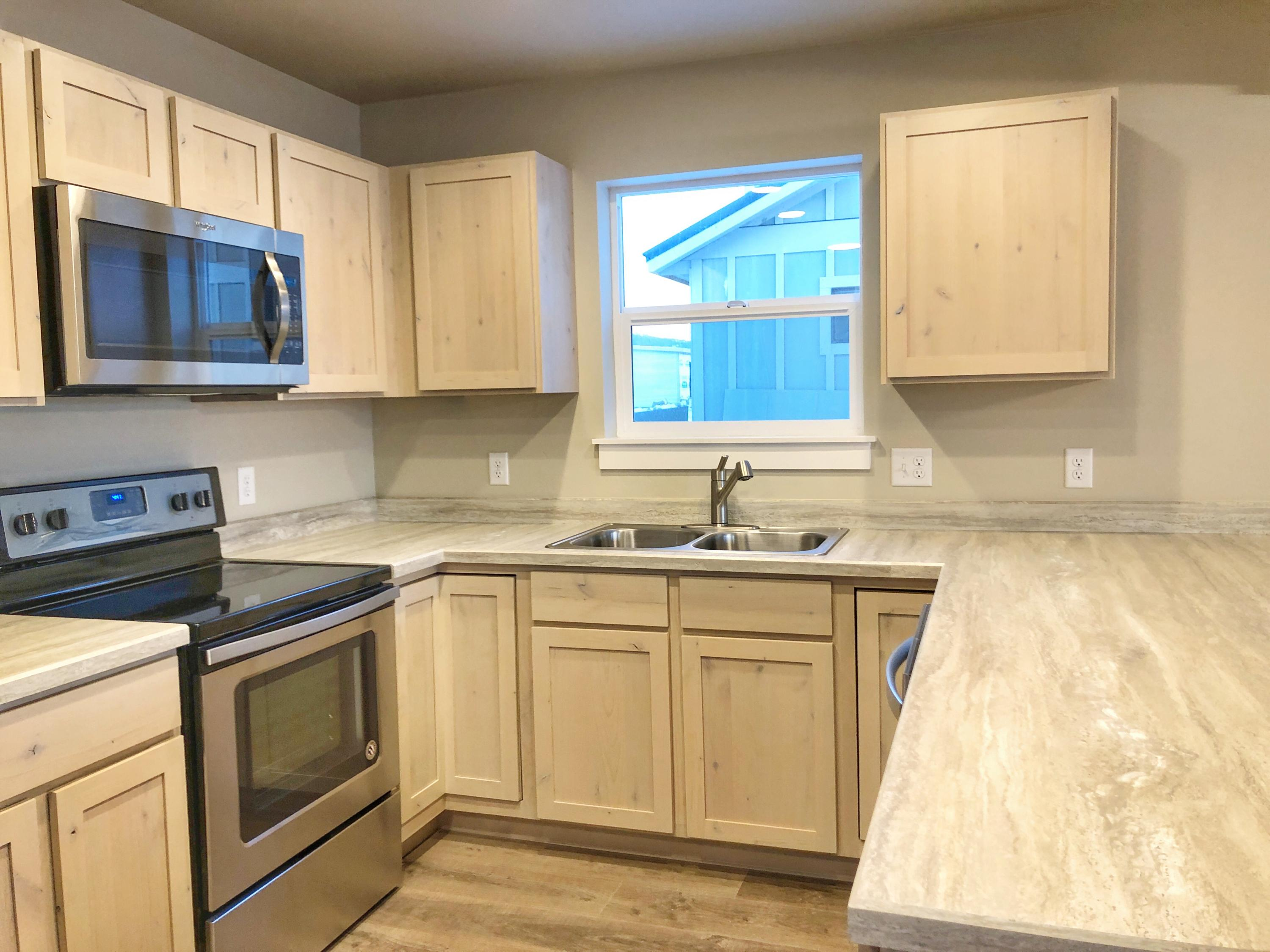 Property Image #3 for MLS #22001485