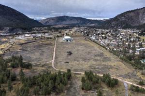 8129 Cowboy Trail Road, Bonner, MT 59823