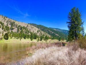 353 Clark Fork, Superior, Montana