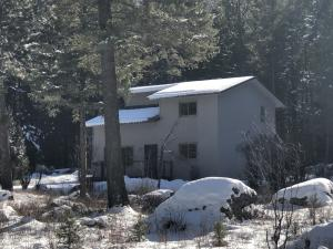 3050 River Bend Drive, Bonner, MT 59823