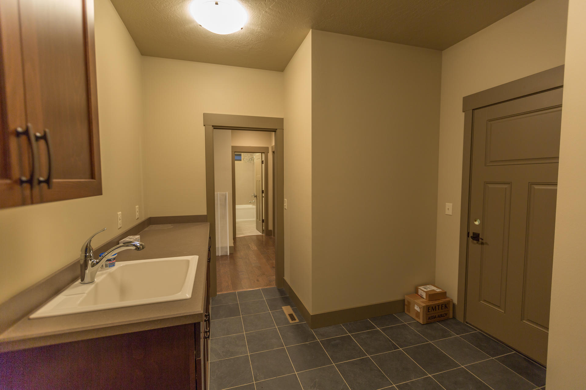 Property Image #4 for MLS #22002133