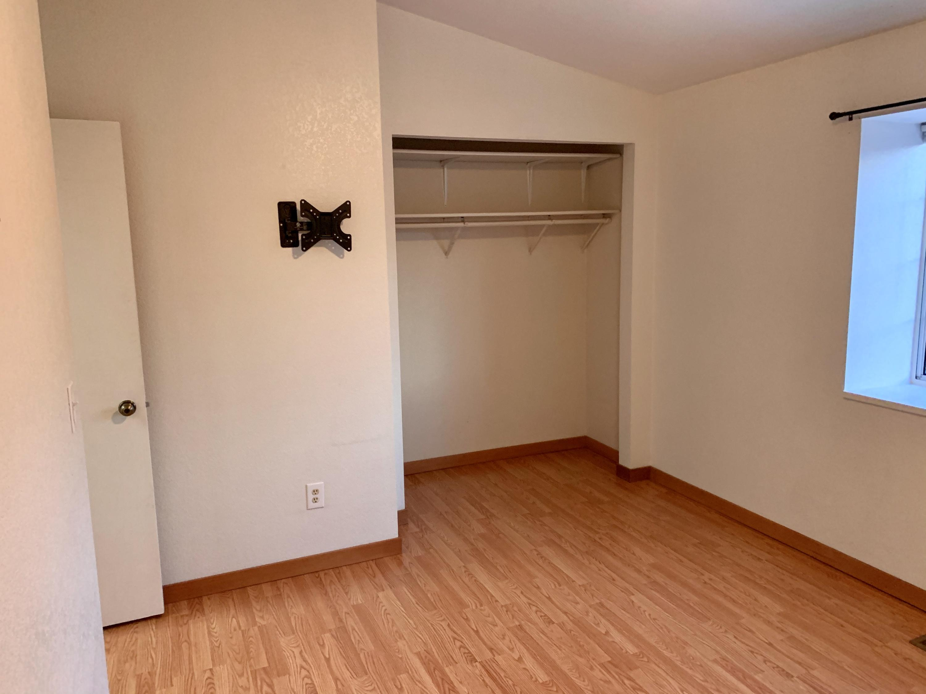 Property Image #10 for MLS #22002577