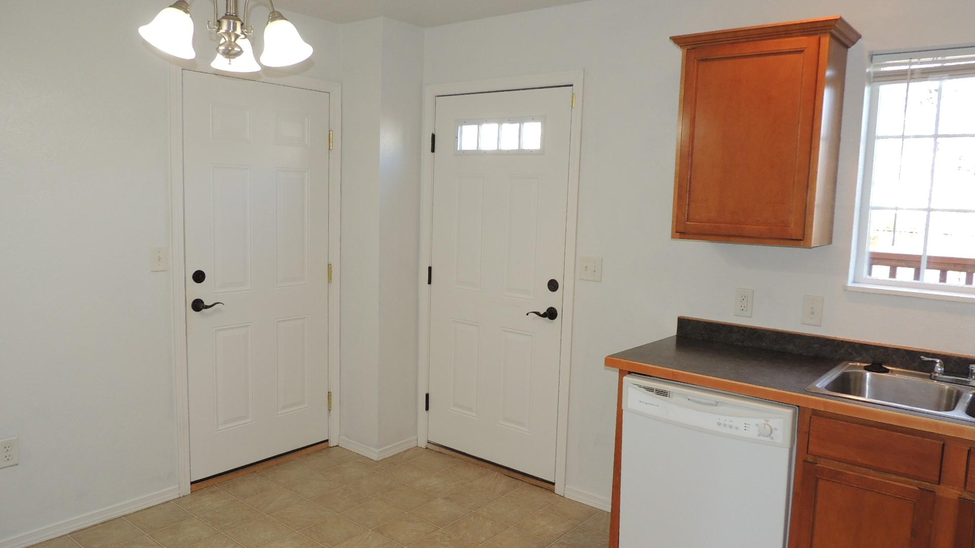 Property Image #2 for MLS #22003003