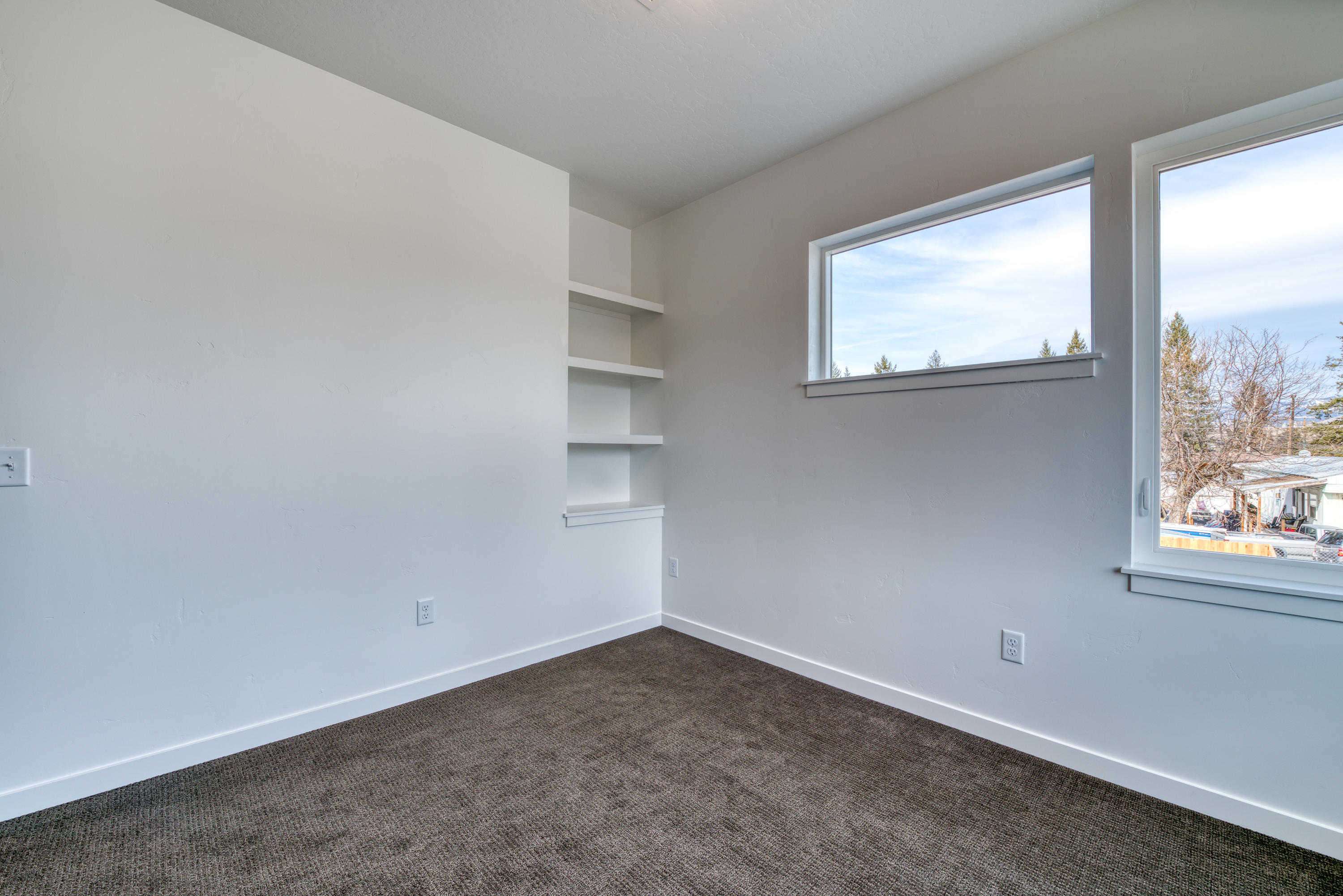Property Image #30 for MLS #21910585
