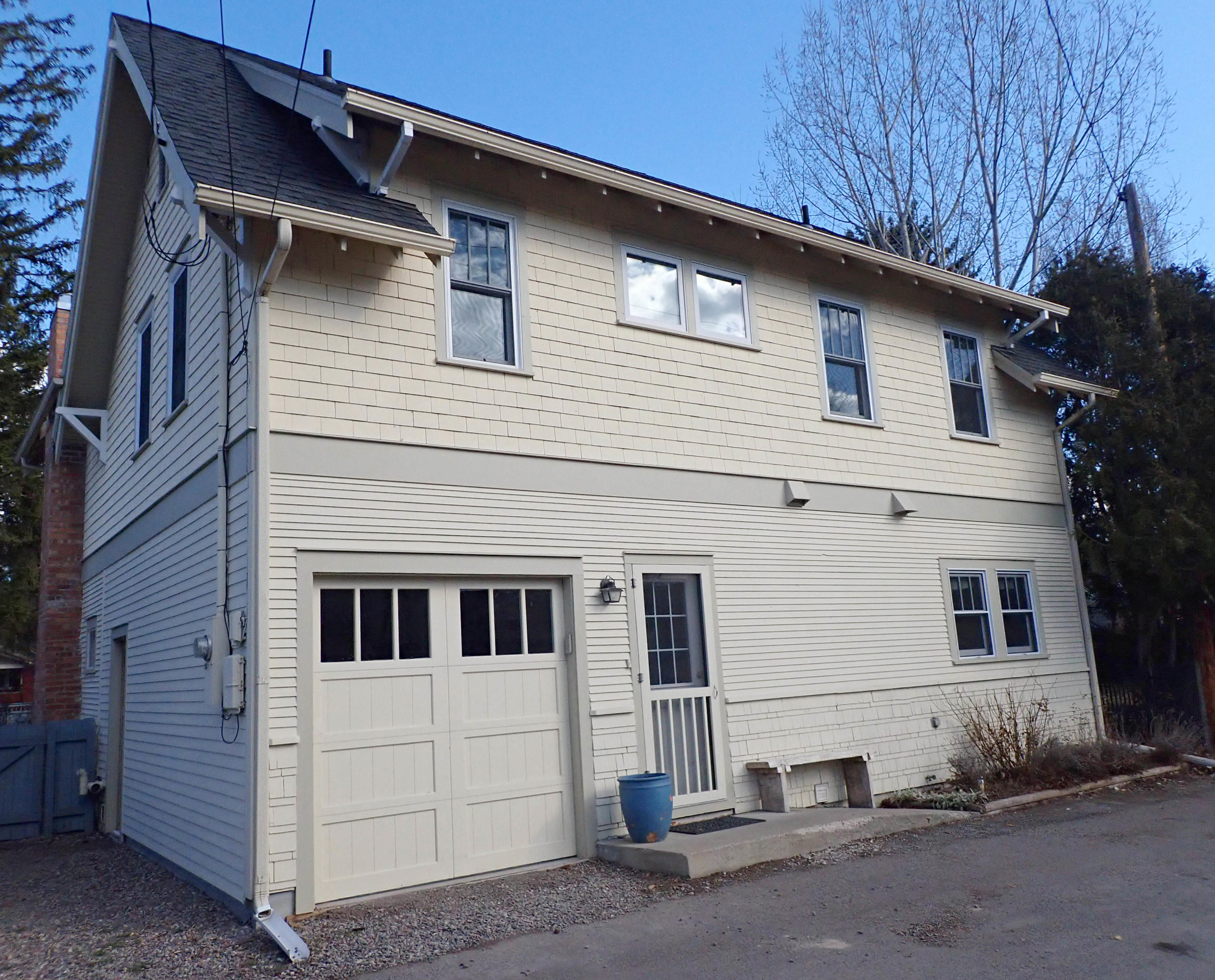 Property Image #2 for MLS #22003027