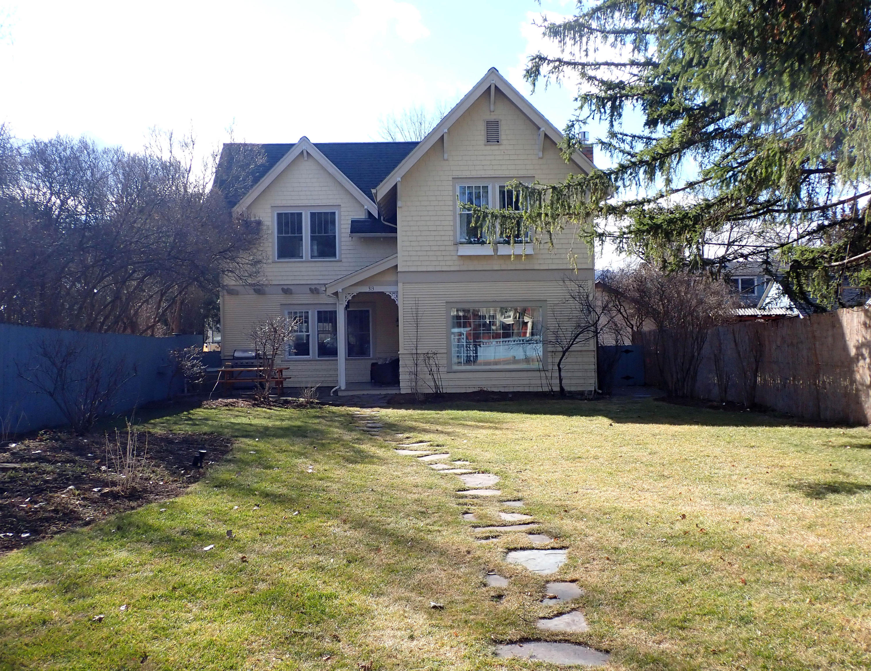 Property Image #1 for MLS #22003027