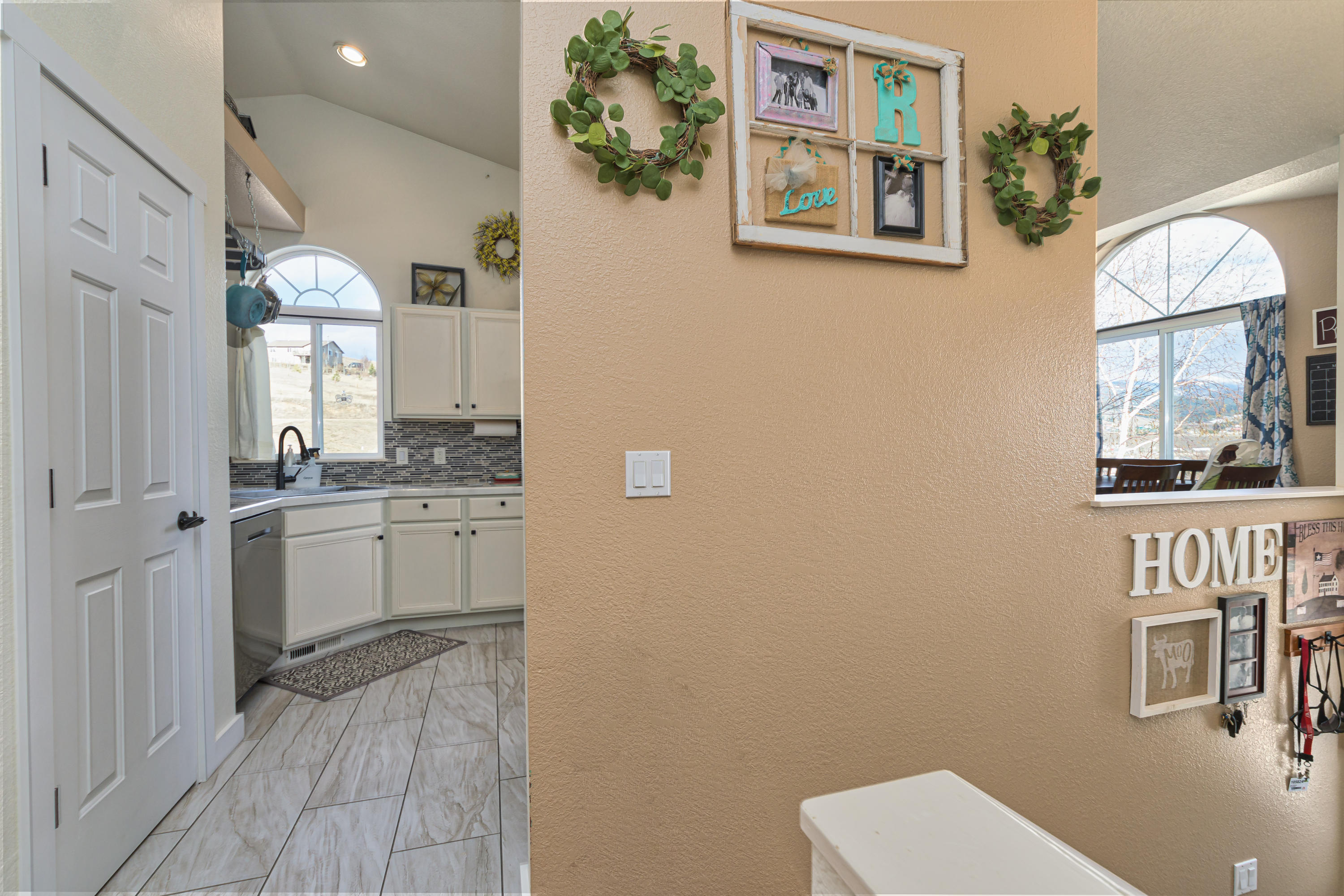 Property Image #3 for MLS #22003131