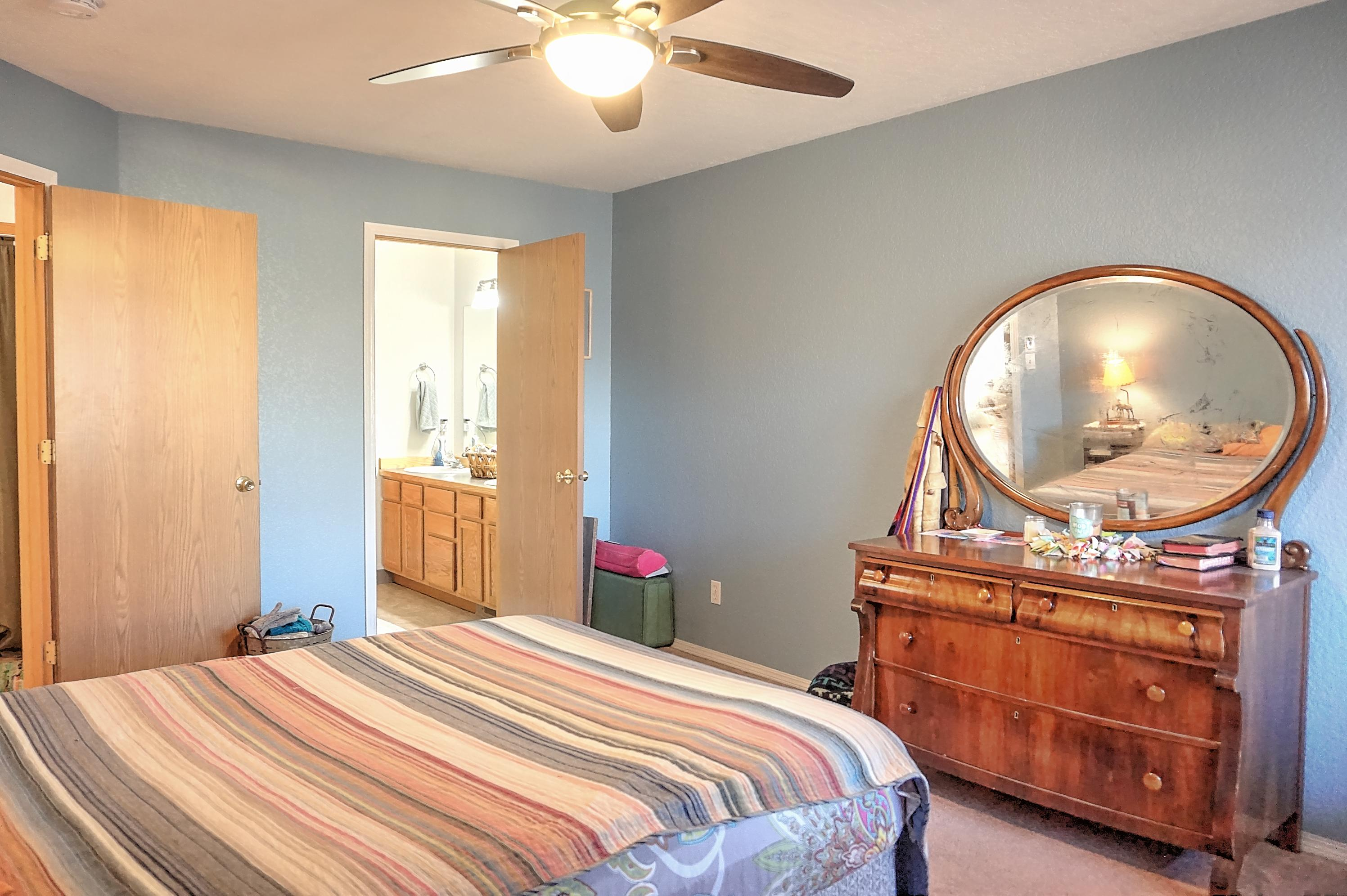 Property Image #2 for MLS #22003303