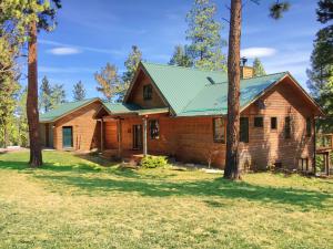 3 Bedroom Home on 20 Acres in Western Montana