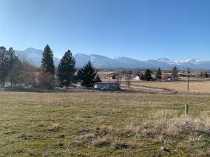 784 Omniview Drive, Corvallis, MT 59828