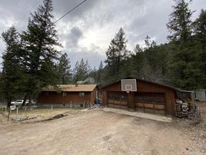 6755 Slide Rock Drive, Clinton, MT 59825