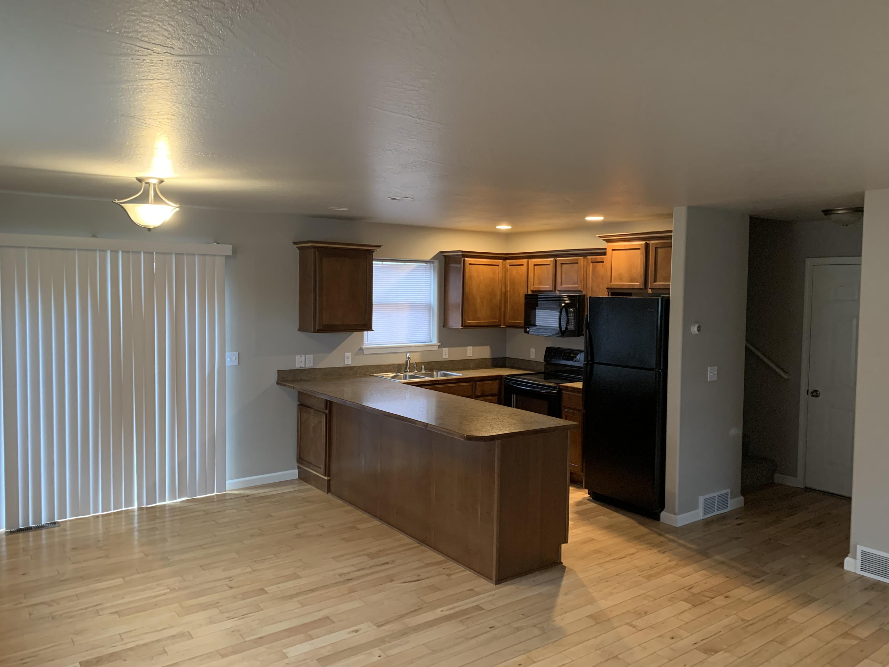 Property Image #11 for MLS #22004147