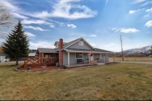 1021 South Shoshone Loop, Hamilton, MT 59840