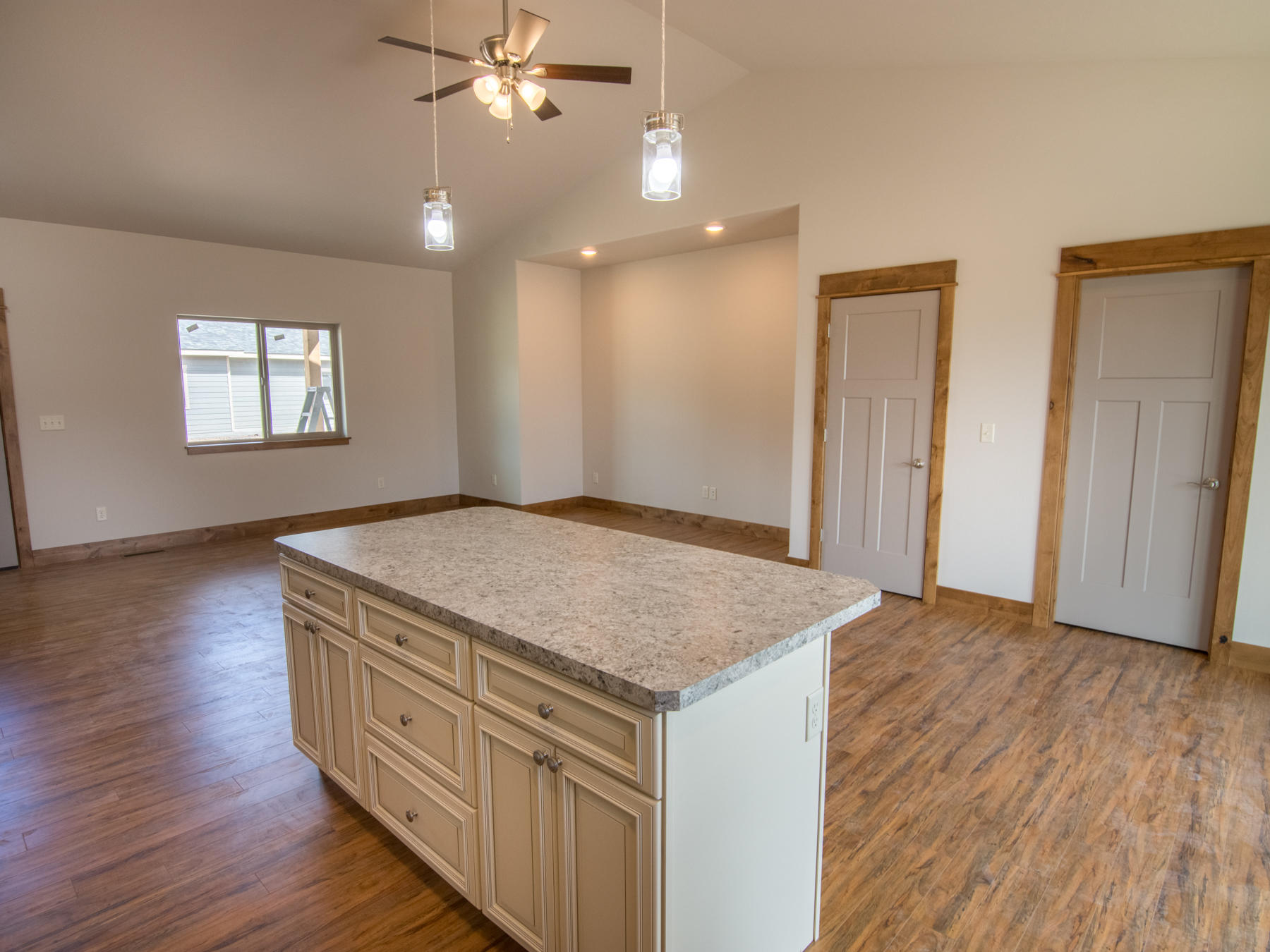 Property Image #5 for MLS #22003267