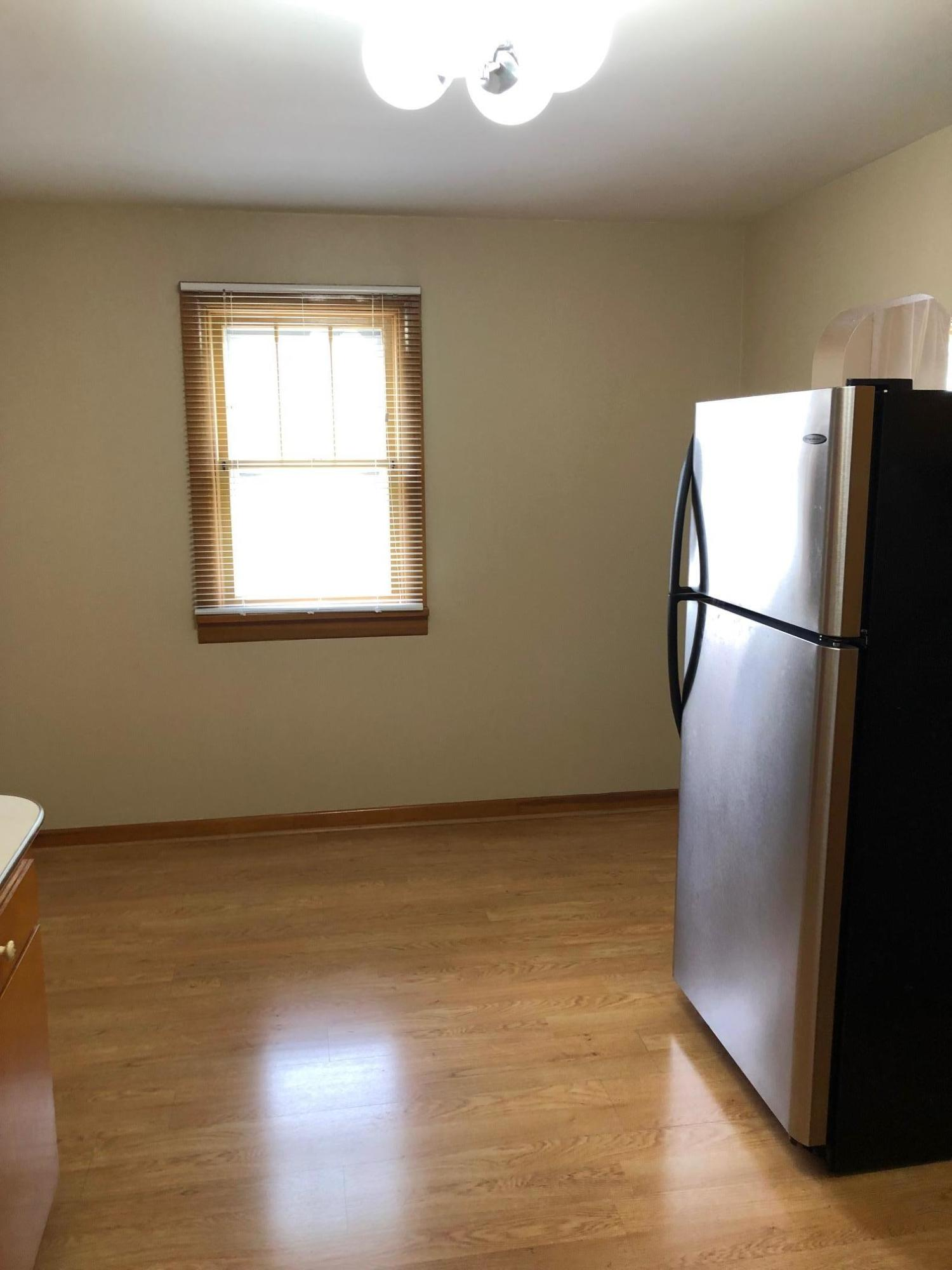 Property Image #2 for MLS #22005762