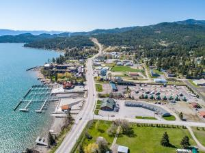 Edgewater Motel and RV Park in Beautiful Lakeside Montana