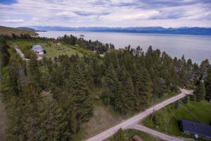 18846 Medicine Rock Lane, Lakeside, MT 59922