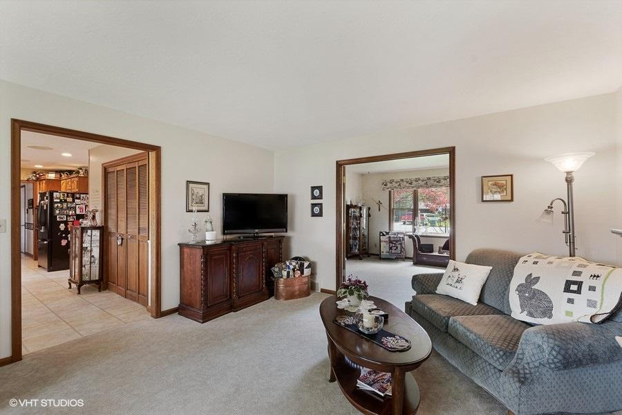 Property Image #2 for MLS #22007005