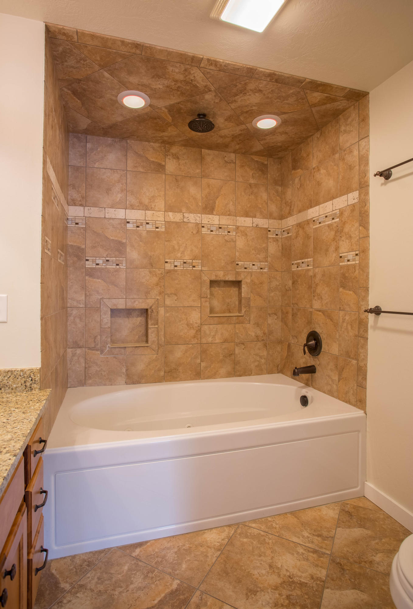 Property Image #5 for MLS #22007249