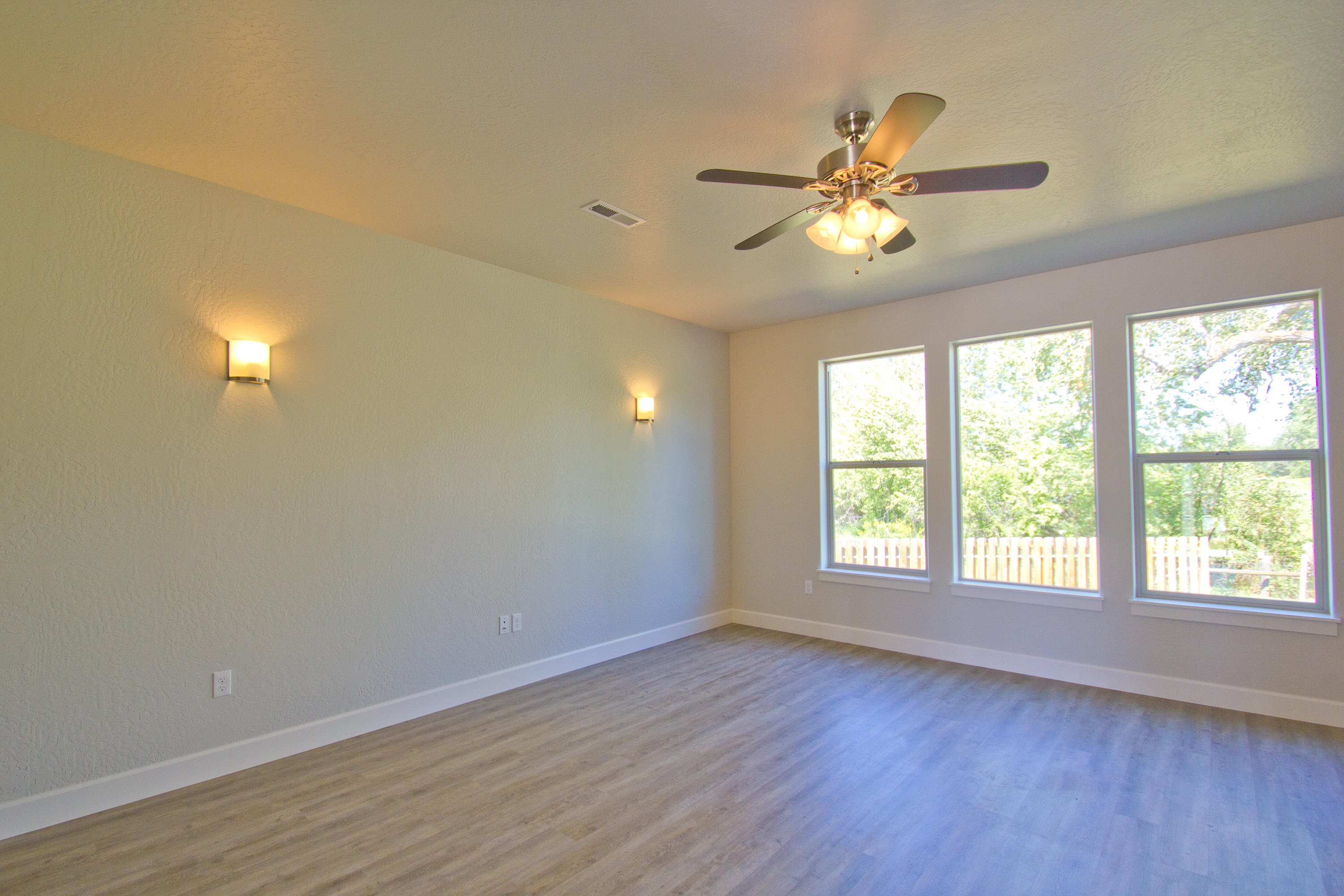 Property Image #6 for MLS #22007625