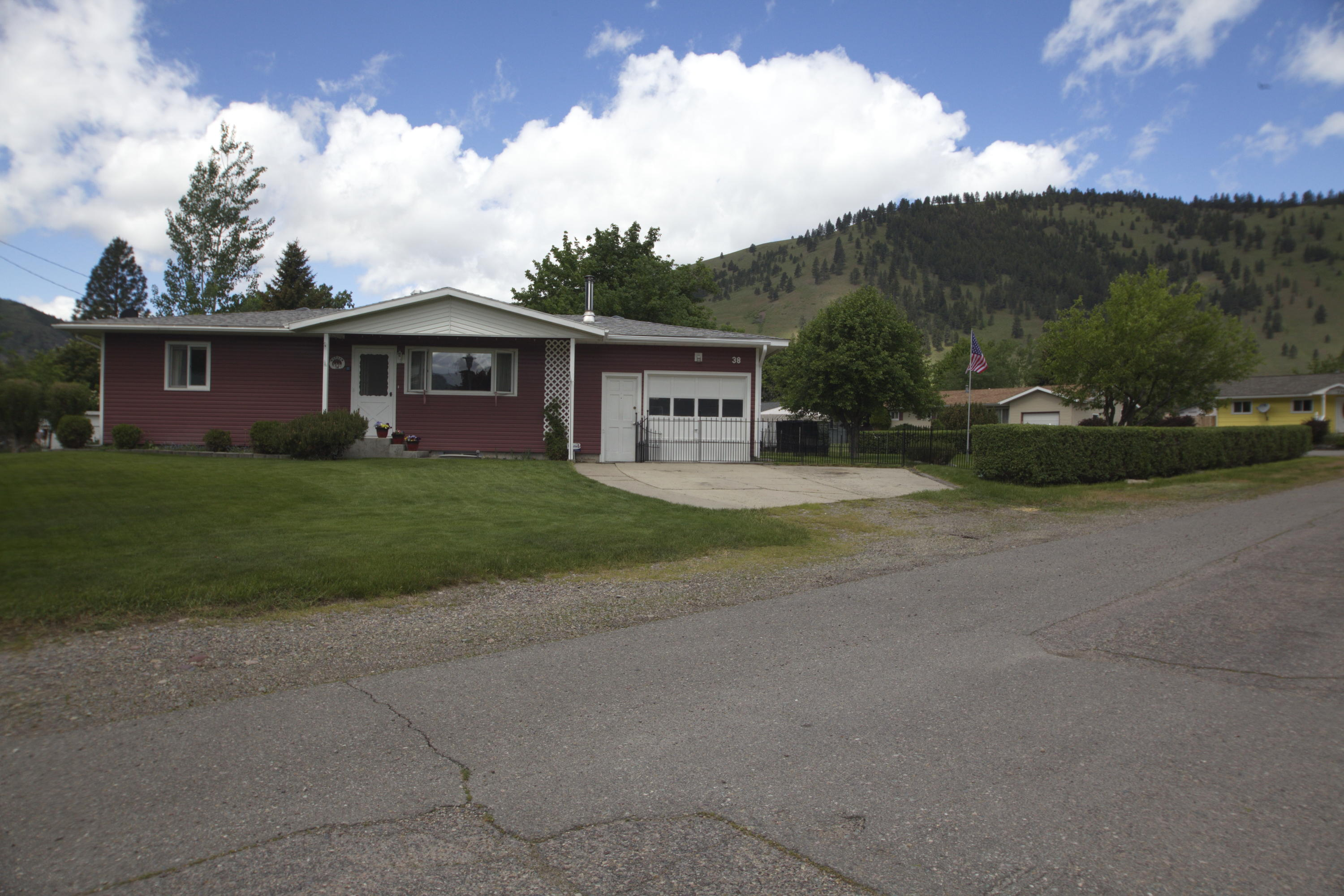 Property Image #1 for MLS #22007721