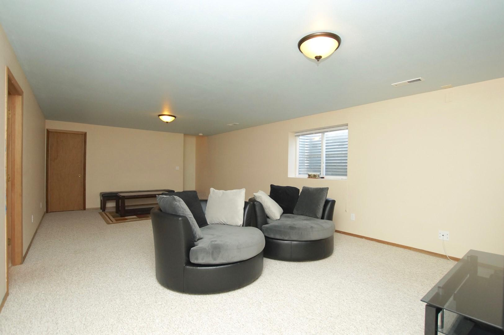 Property Image #10 for MLS #22008298