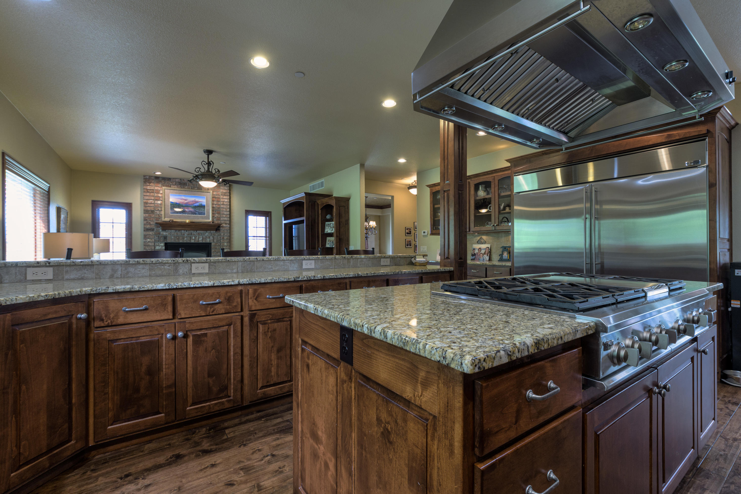 Property Image #2 for MLS #22009033