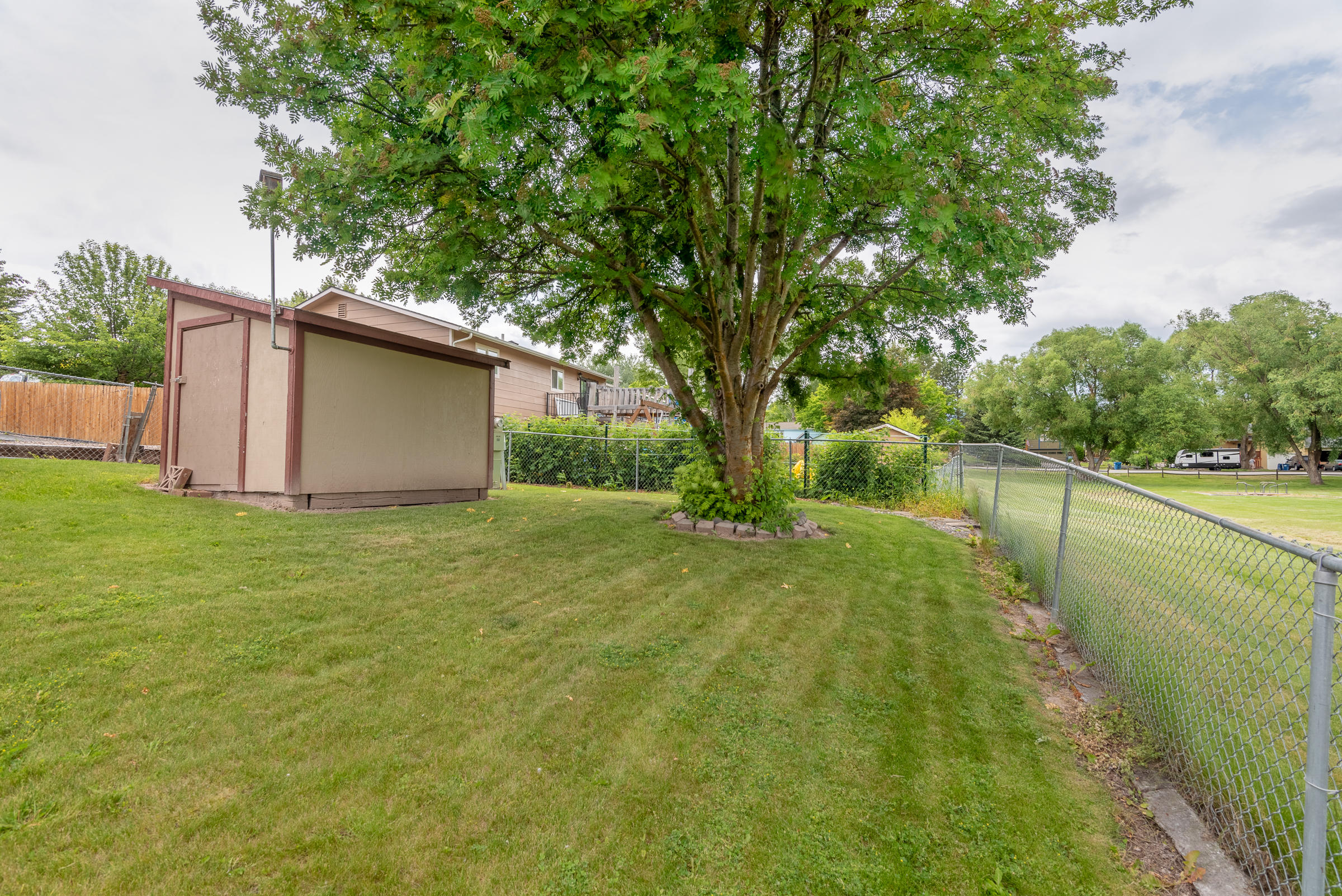 Property Image #2 for MLS #22008912