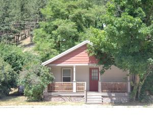 706 Railroad Avenue, Alberton, MT 59820
