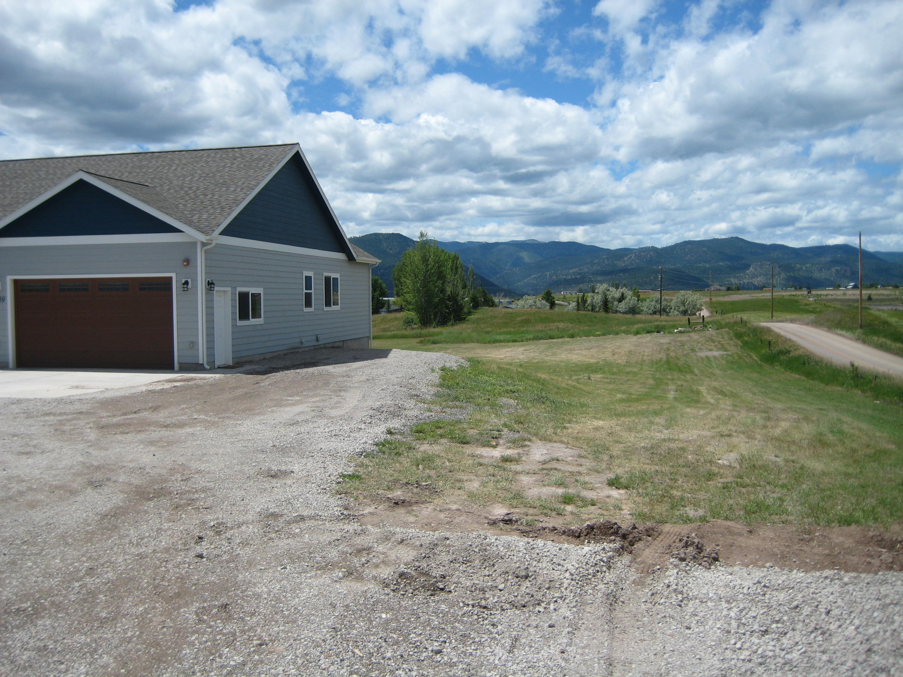Property Image #2 for MLS #22009902
