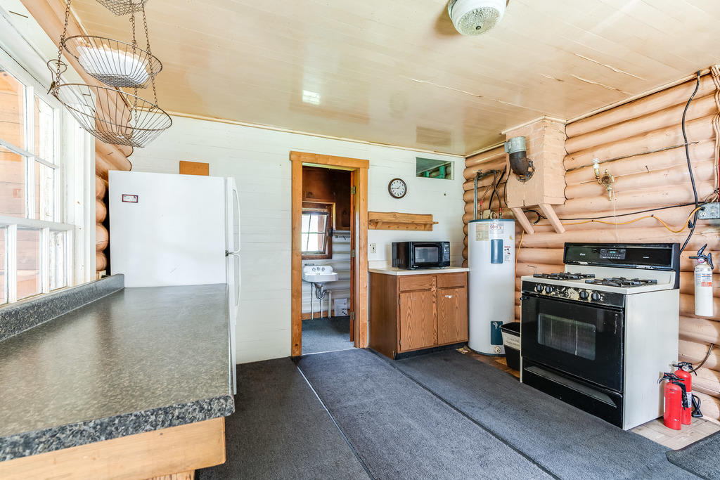 Property Image #35 for MLS #22009882