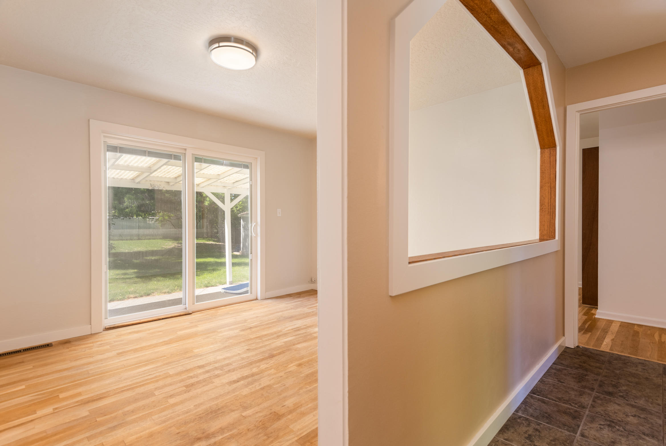 Property Image #5 for MLS #22009999