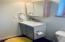 main floor bathroom also has tub/shower