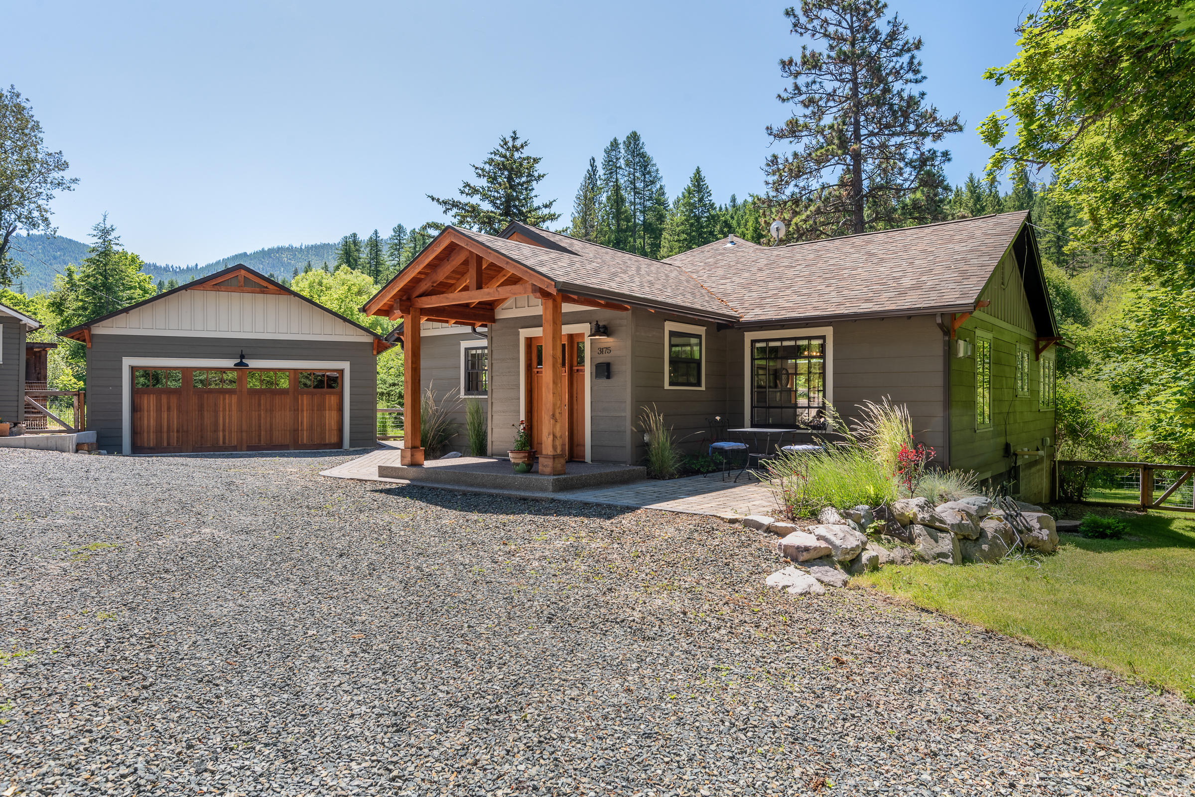 Property Image #1 for MLS #22010715