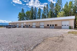 406 Wolfville Lane, Florence, MT 59833