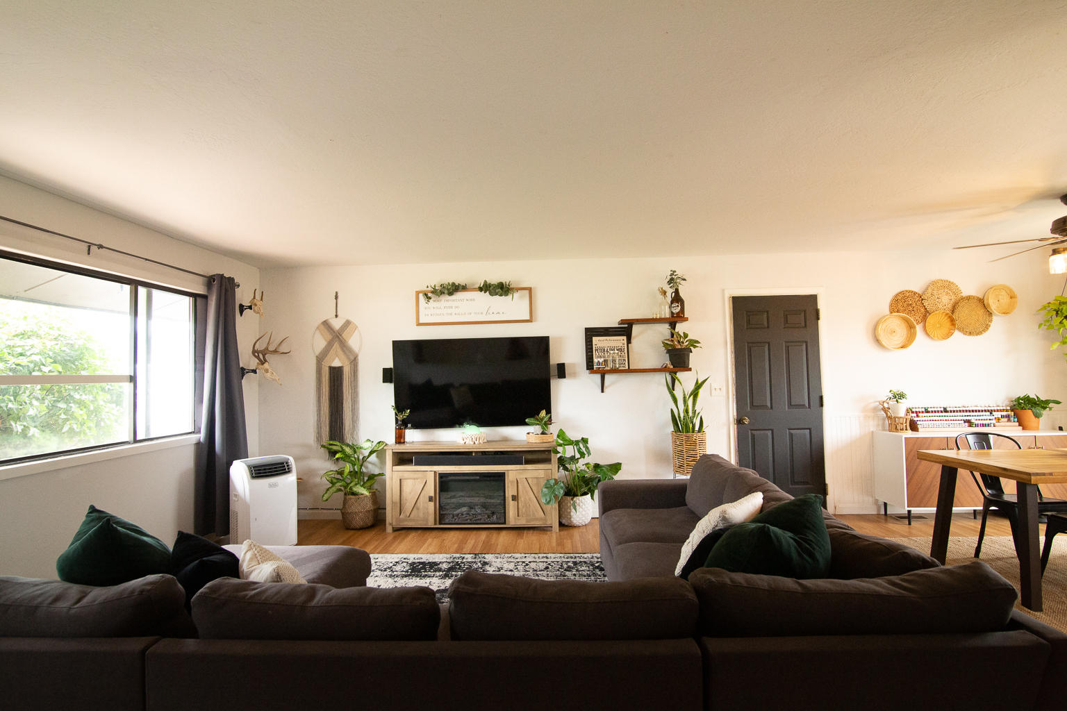 Property Image #2 for MLS #22011154
