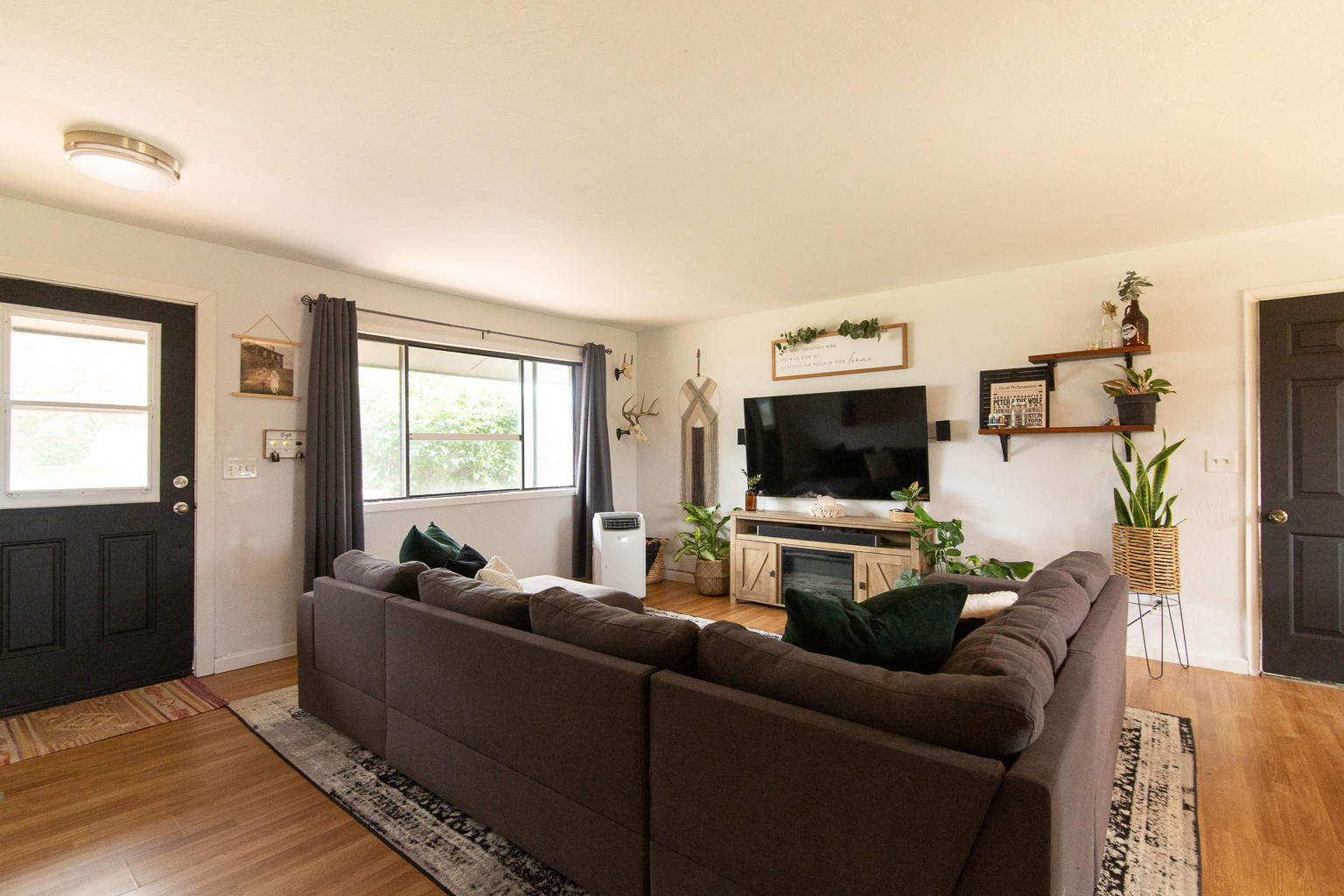 Property Image #6 for MLS #22011154