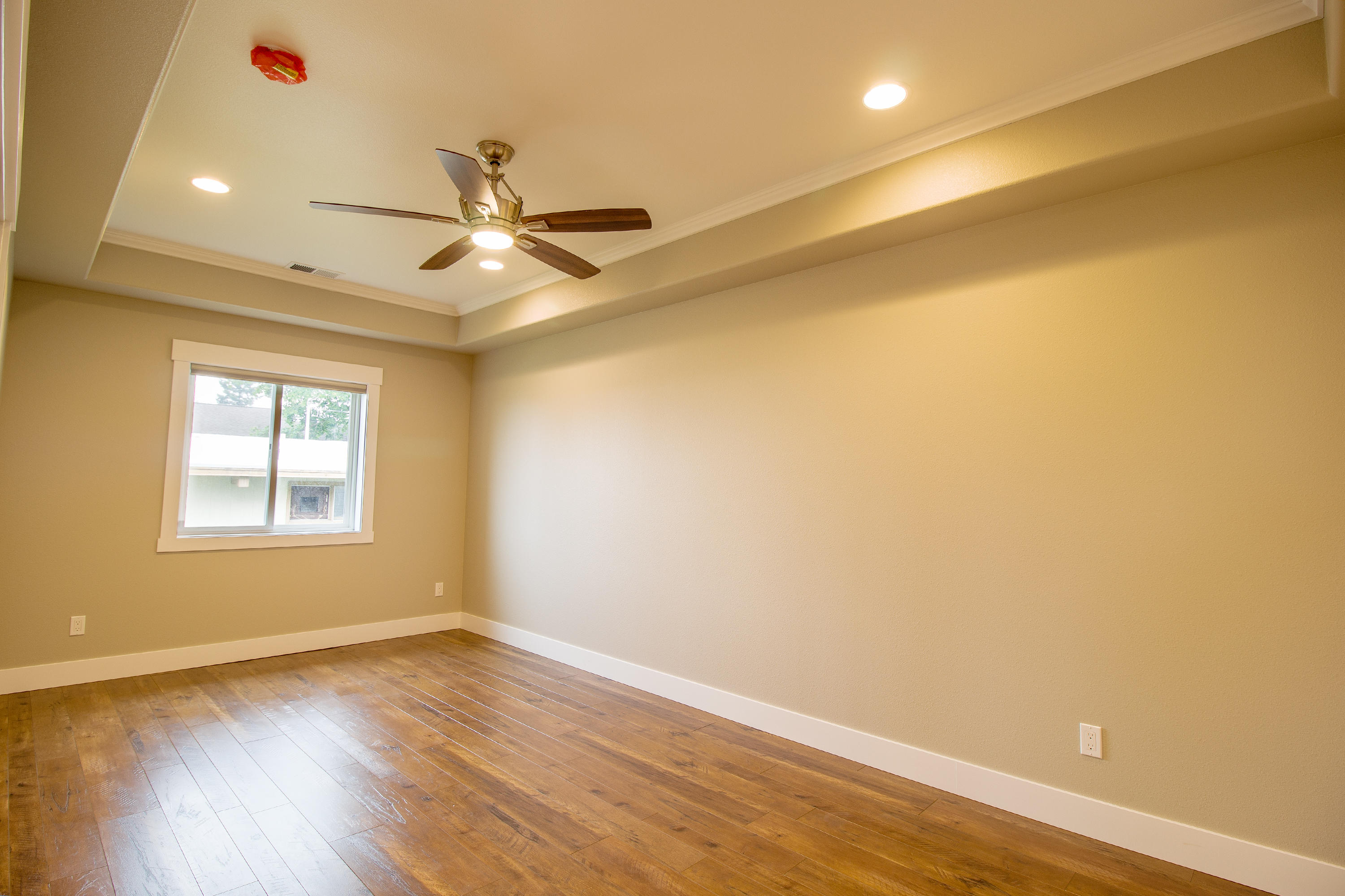 Property Image #6 for MLS #22011136