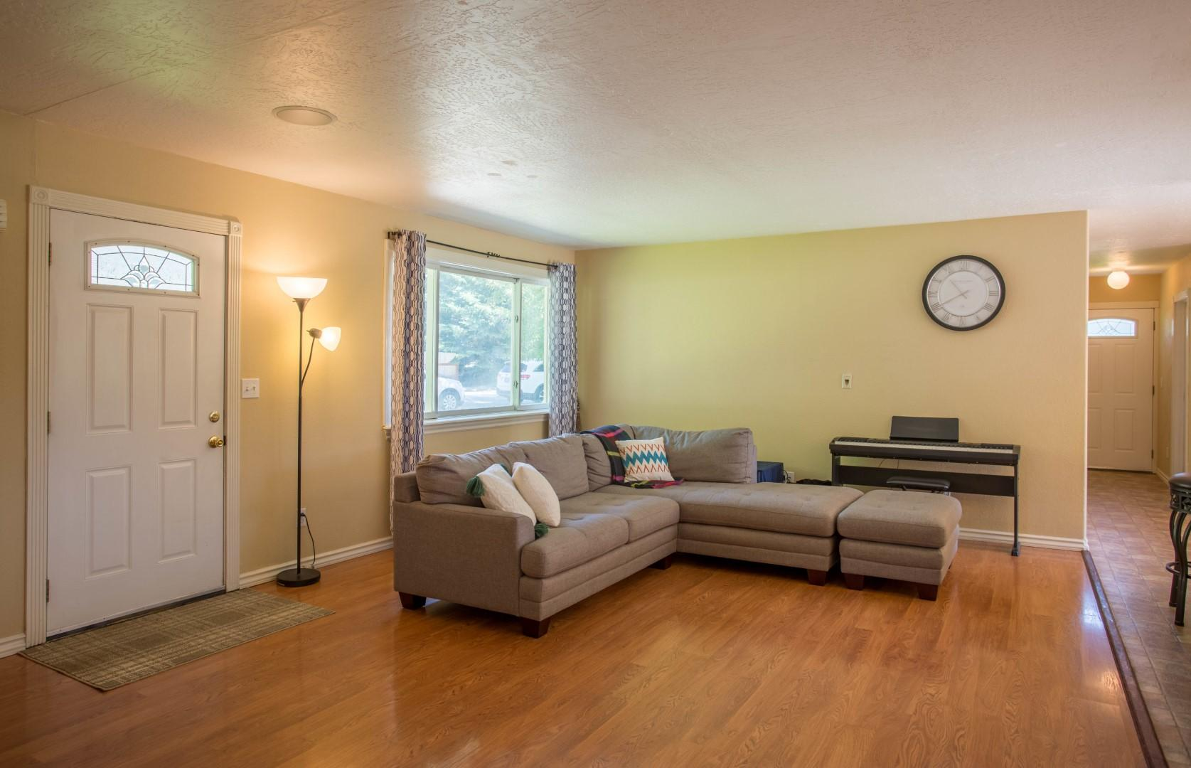 Property Image #4 for MLS #22011161