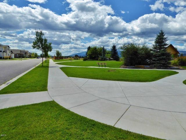 Property Image #10 for MLS #22011345