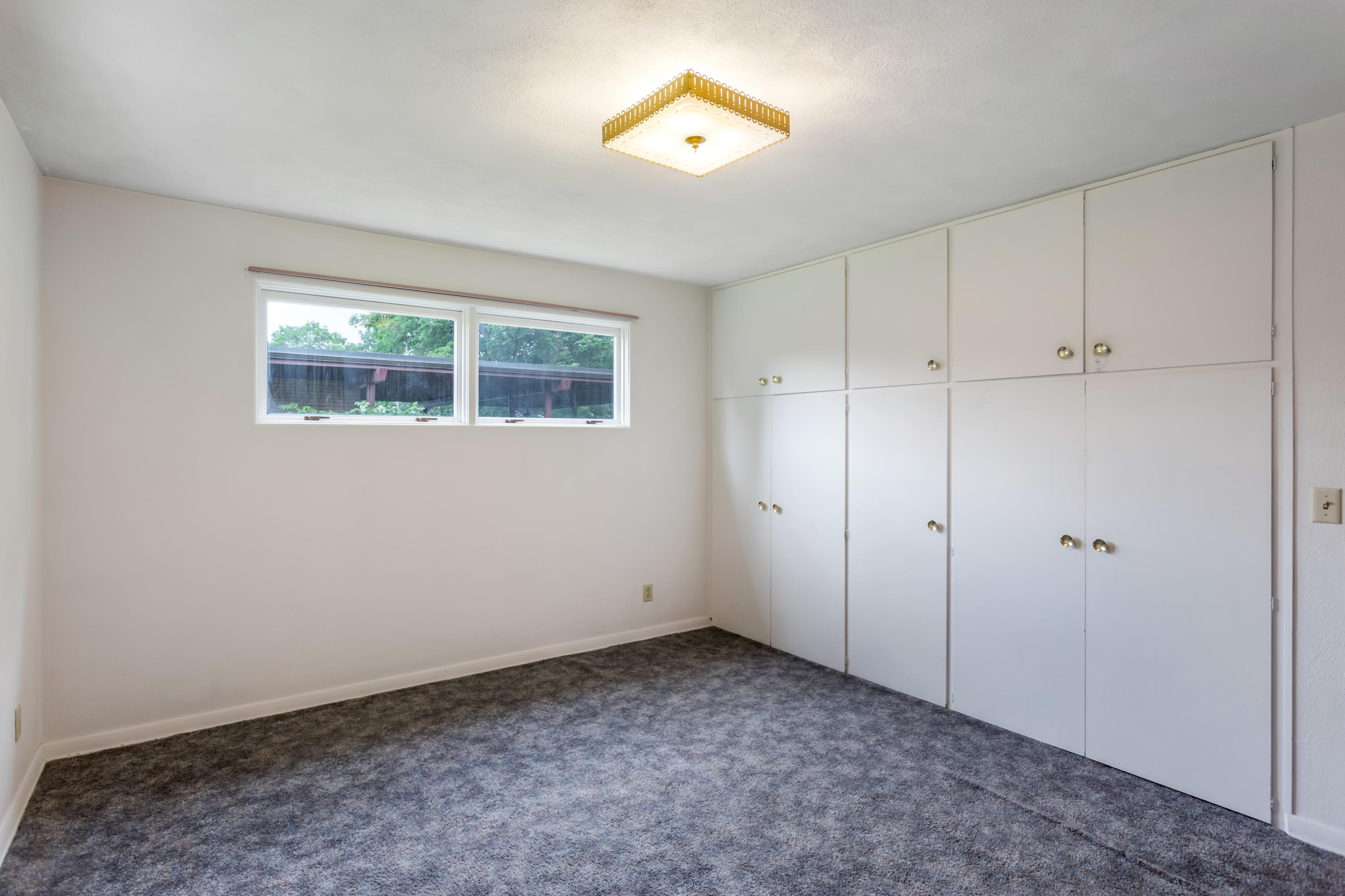 Property Image #4 for MLS #22011474