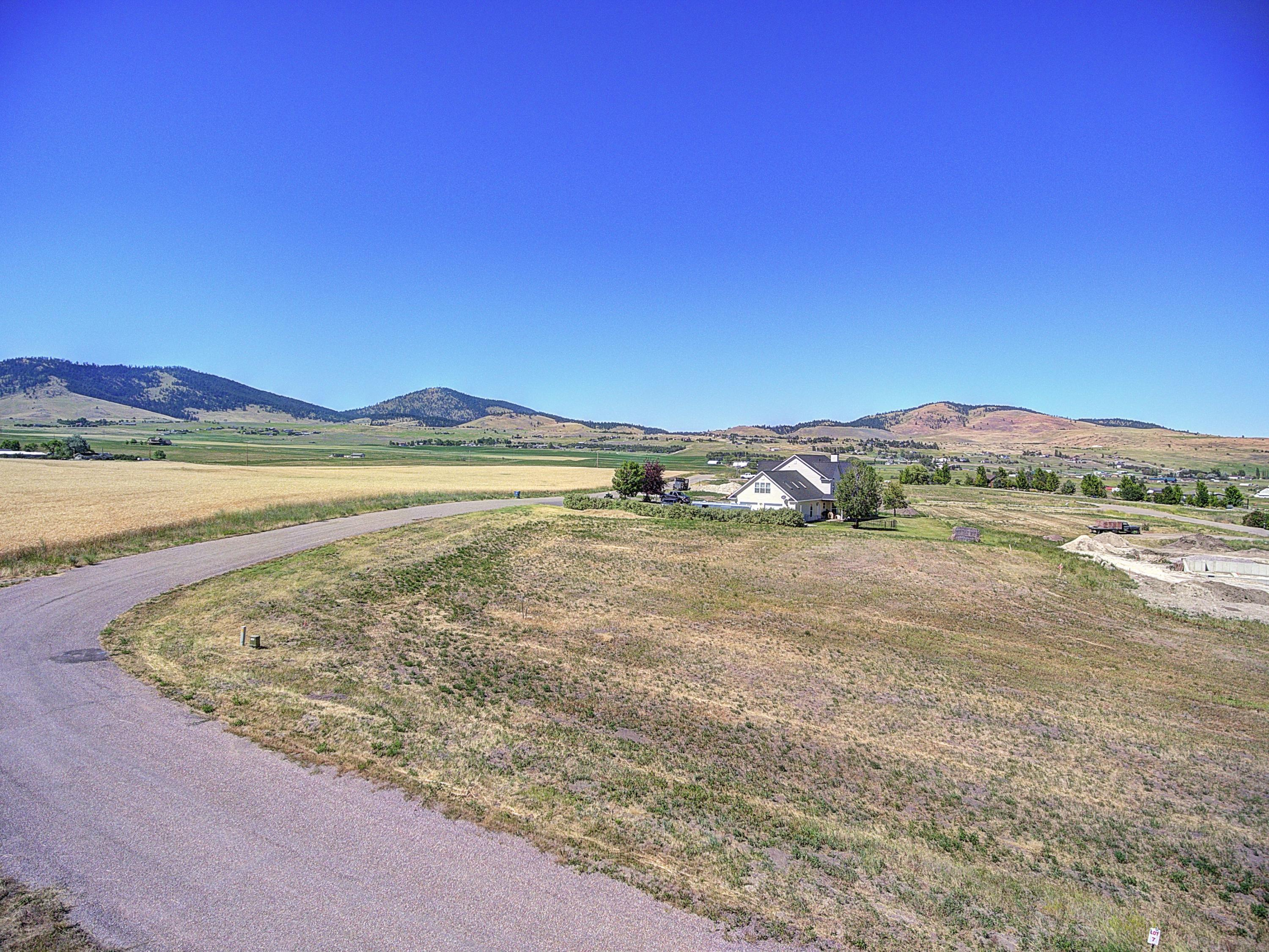 Property Image #2 for MLS #22011572