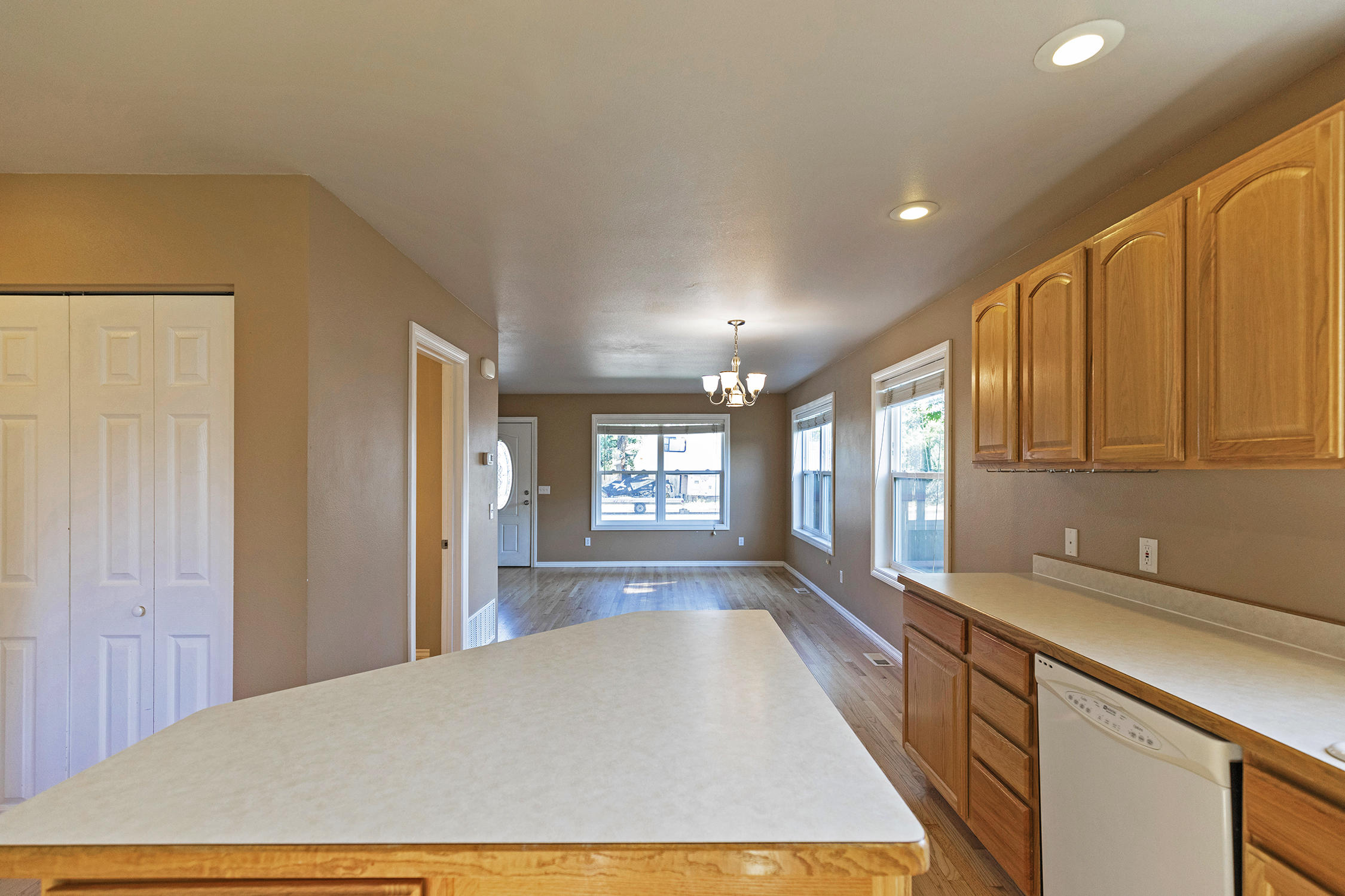Property Image #4 for MLS #22011593