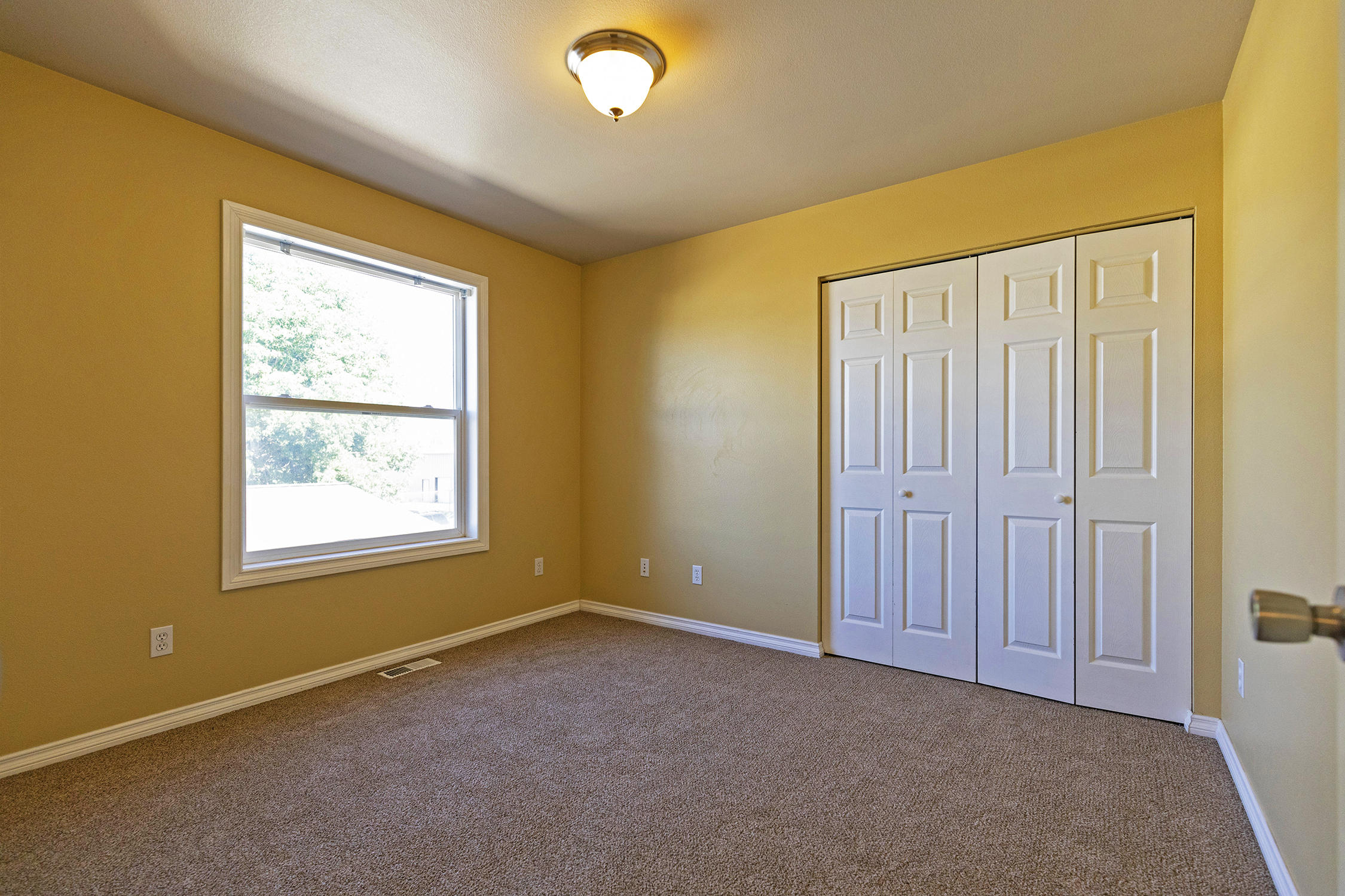 Property Image #16 for MLS #22011593