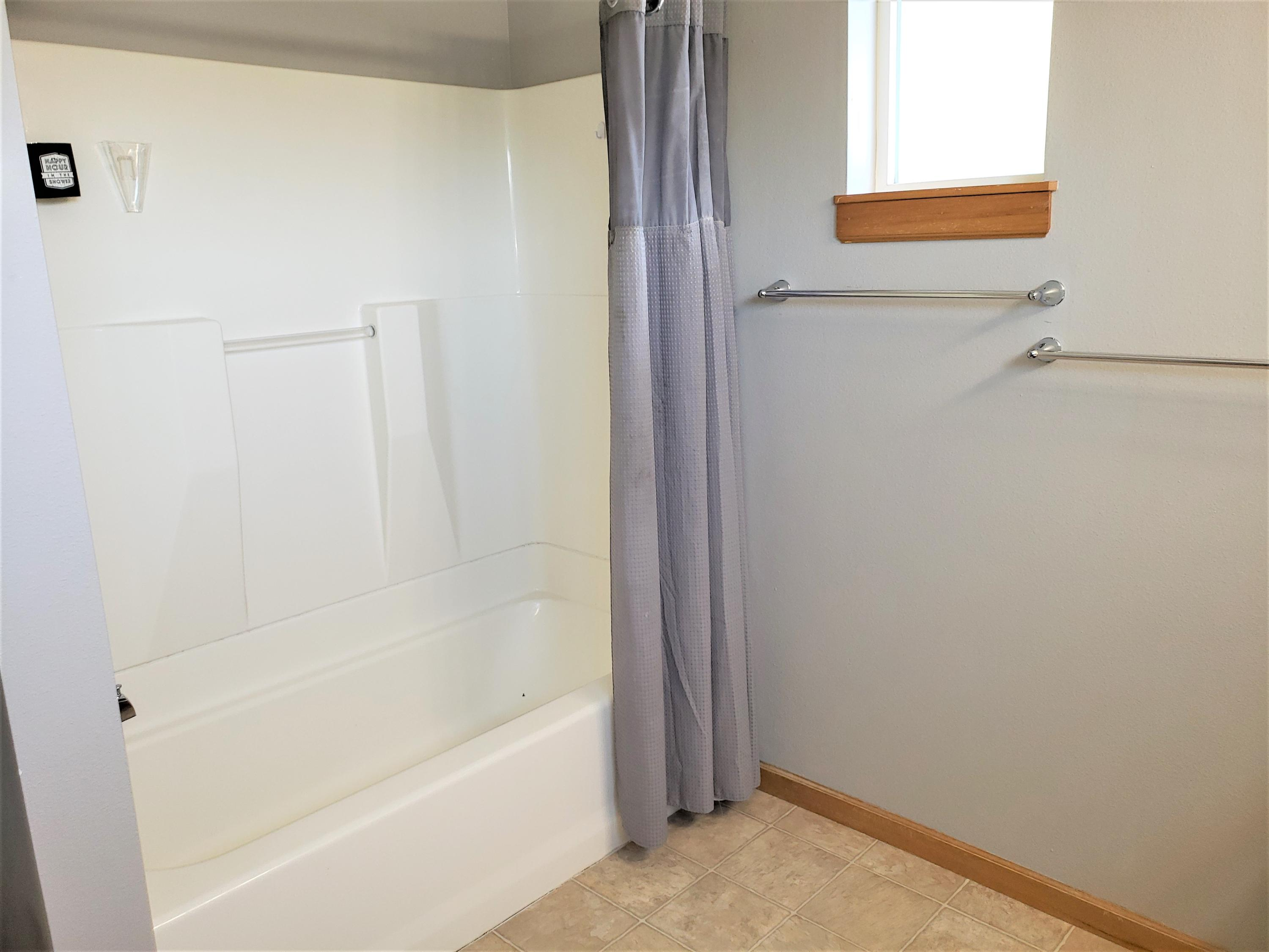 Property Image #2 for MLS #22011705